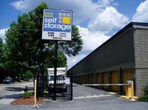 photo of Uncle Bob's Self Storage - Boston - Neponset Valley Parkway