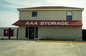 photo of StoreMore! Self Storage - Buda
