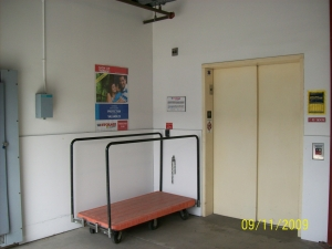 US Storage Centers - Stanton - Photo 8