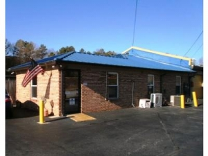 Uncle Bob's Self Storage - Norcross - Photo 4