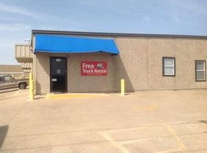 photo of Uncle Bob's Self Storage - Arlington - Duncan Perry Rd