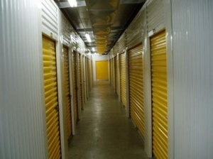 Uncle Bob's Self Storage - Cleveland - 4976 W 130th St - Photo 6