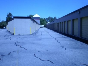 Uncle Bob's Self Storage - Virginia Beach - 4929 Shell Rd - Photo 4