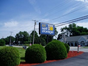 Uncle Bob's Self Storage - East Greenwich - 2771 S County Trl - Photo 3