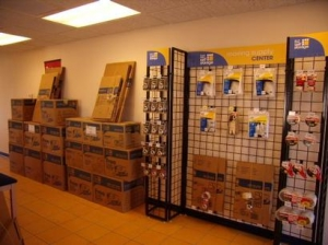 Uncle Bob's Self Storage - Mesa - 545 W Broadway Rd - Photo 5