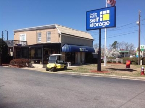 photo of Uncle Bob's Self Storage - Columbia - Garners Ferry Rd