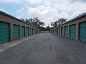 Uncle Bob's Self Storage - Tampa - 815 E Fletcher Ave - Photo 4