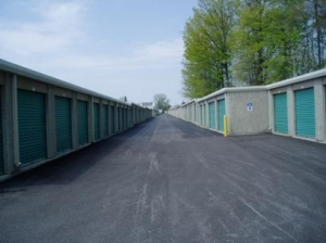 Uncle Bob's Self Storage - Columbus - 5810 Cleveland Ave - Photo 3