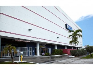 Uncle Bob's Self Storage - Miami - Photo 3