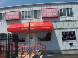 photo of Planet Self Storage - Burlington