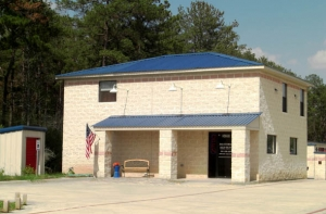 photo of AAA Storage FM-2978 & Postal Center