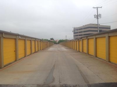 Uncle Bob's Self Storage - Benbrook - 6162 Southwest Blvd - Benbrook, TX - Photo 0