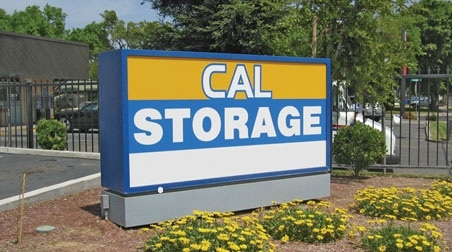 Cal Storage - Photo 0