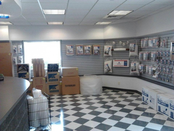 Devon Self Storage - Philadelphia - Kensington3100 C St - Philadelphia, PA - Photo 3