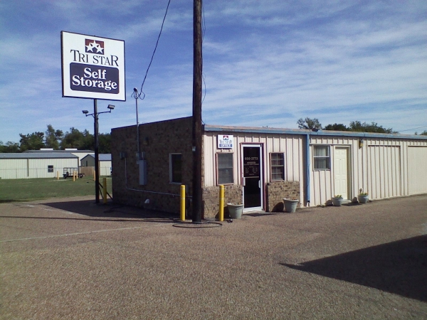 Tri Star Self Storage - Panther Way700 Panther Way - Hewitt, TX - Photo 1
