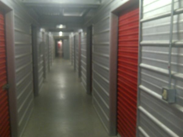 Maximum Storage - Las Vegas - Photo 0