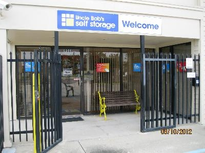 Uncle Bob's Self Storage - Orlando - S Orange Blossom Trl - Photo 12