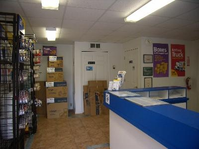 Uncle Bob's Self Storage - Fort Myers - Solomon Blvd - Photo 3