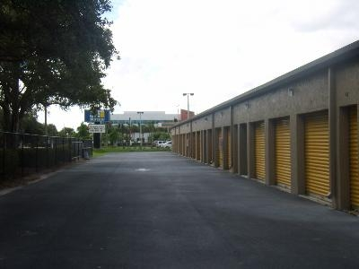 Uncle Bob's Self Storage - Fort Myers - Solomon Blvd - Photo 4