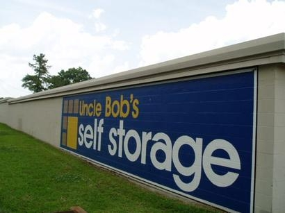 Uncle Bob's Self Storage - Jacksonville - Manotak Ave - Photo 5