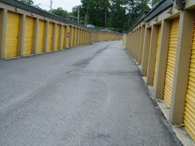 Uncle Bob's Self Storage - Jacksonville - Manotak Ave - Photo 9