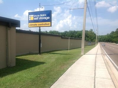 Uncle Bob's Self Storage - Jacksonville - Manotak Ave - 1515 Manotak Ave - Jacksonville, FL - Photo 0