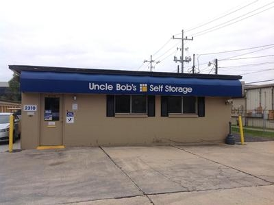 Uncle Bob's Self Storage - Lafayette - W Pinhook Rd2310 W Pinhook Rd - Lafayette, LA - Photo 0