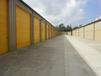 Uncle Bob's Self Storage - Humble - Fm 1960 Rd E - Photo 3