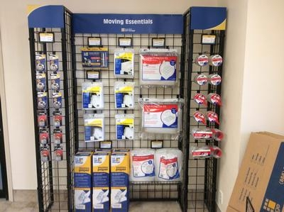 Uncle Bob's Self Storage - Pasadena - 6402 Fairmont Pky - Pasadena, TX - Photo 0