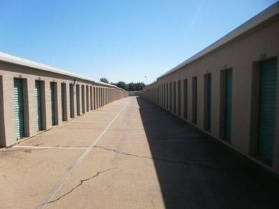 Uncle Bob's Self Storage - Dallas - 3210 S Buckner Blvd - Photo 0