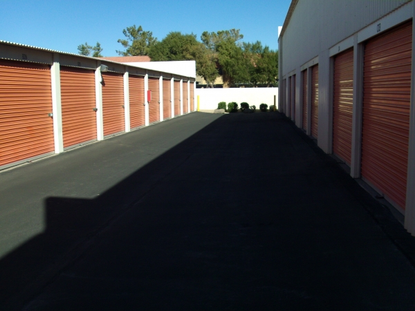 Elliot and Price Mini Storage2880 W Elliot Rd - Chandler, AZ - Photo 13