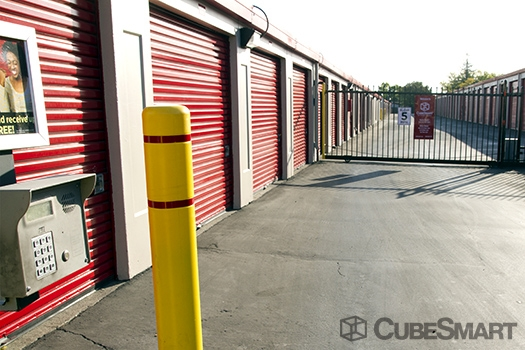 CubeSmart Self Storage4950 Watt Avenue - North Highlands, CA - Photo 2