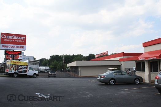 CubeSmart Self Storage2700 Poplar Avenue - Memphis, TN - Photo 1