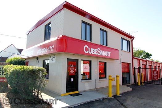 CubeSmart Self Storage - 27W125 North Avenue - West Chicago, IL - Photo 0