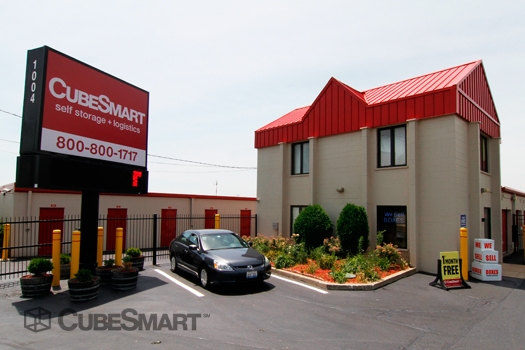 CubeSmart Self Storage1004 S. Milwaukee Avenue - Wheeling, IL - Photo 0