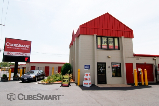 CubeSmart Self Storage1004 S. Milwaukee Avenue - Wheeling, IL - Photo 1