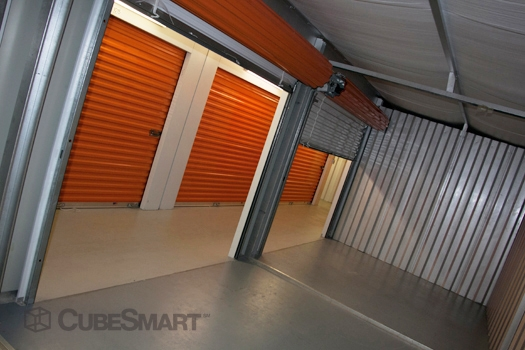CubeSmart Self Storage - 14902 North 12Th Street - Lutz, FL - Photo 0