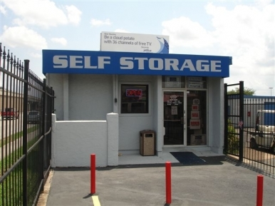 Your Storage Place - Houston - Gulf Fwy9330 Gulf Fwy - Houston, TX - Photo 0