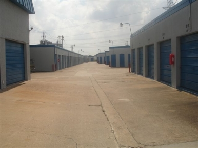 Your Storage Place - Northwest Houston10901 Northwest Fwy - Houston, TX - Photo 2