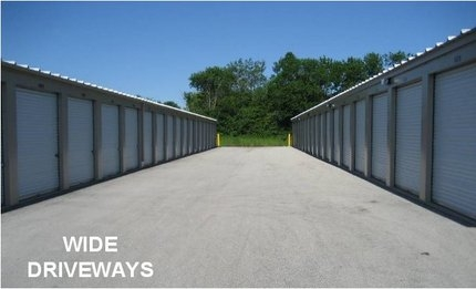Mequon Storage6911 W Donges Bay Rd - Mequon, WI - Photo 5