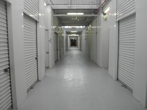 Dixwell Self Storage1315 Dixwell Ave - Hamden, CT - Photo 3