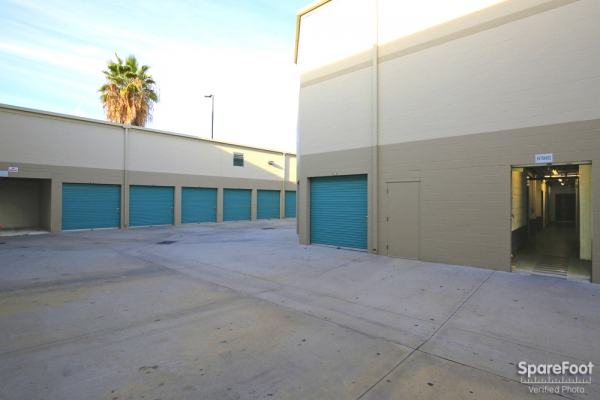 Saf Keep Self Storage - Los Angeles - San Fernando Road2840 N San Fernando Rd - Los Angeles, CA - Photo 4