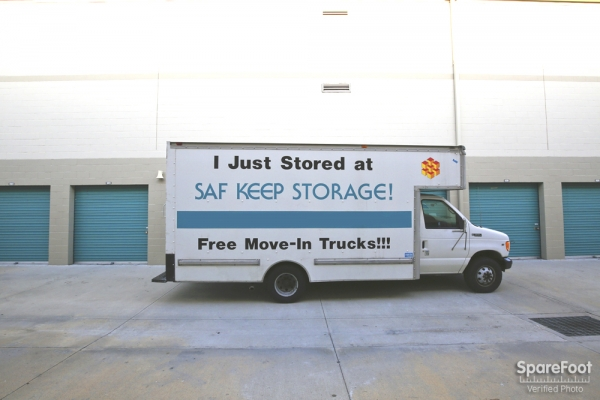 Saf Keep Self Storage - Los Angeles - San Fernando Road2840 N San Fernando Rd - Los Angeles, CA - Photo 7