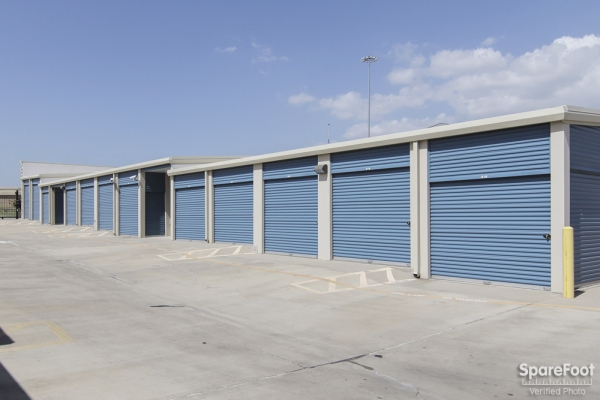 Advantage Storage - Las Colinas330 W. IH635 - Irving, TX - Photo 4