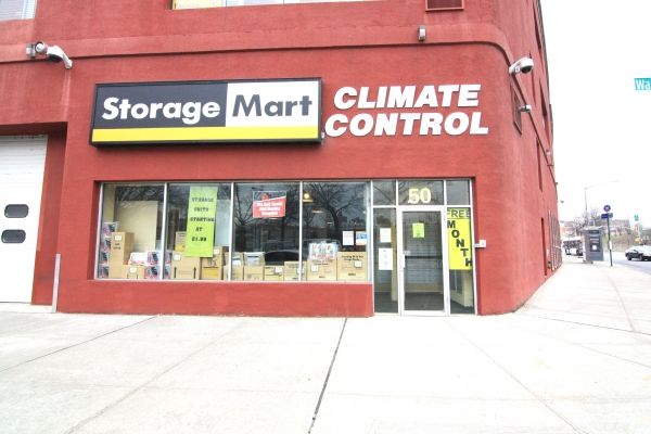 StorageMart - Kent Ave & Wallabout - 50 Wallabout St - Brooklyn, NY - Photo 0