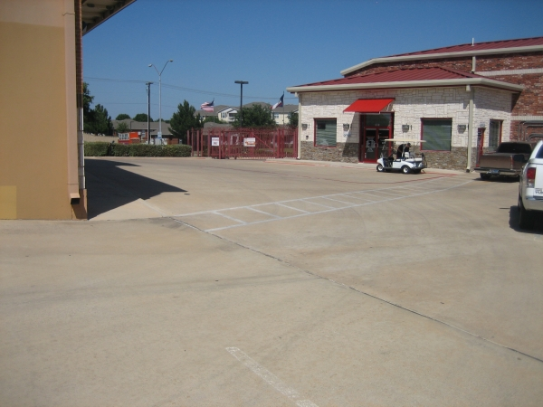 Macho Self Storage - Fort Worth - Photo 1