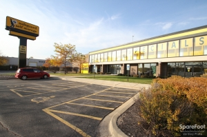 photo of Safeguard Self Storage - Des Plaines - Mannheim Rd