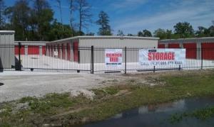 photo of Debron Storage