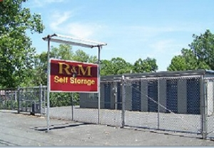 photo of R & M Self Storage