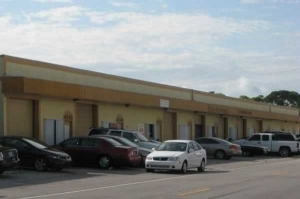 photo of Commercial Center Storage - NE 6th Ave
